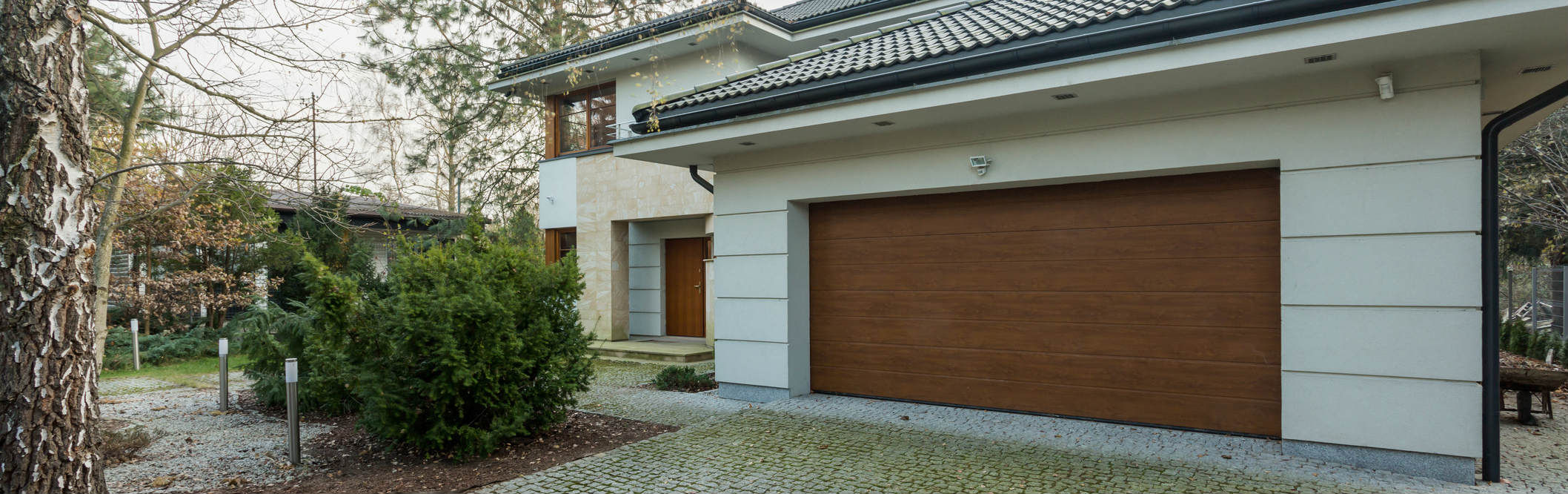 The Reliable Garage Door Repair And Installation Services Your Area Can  Offer